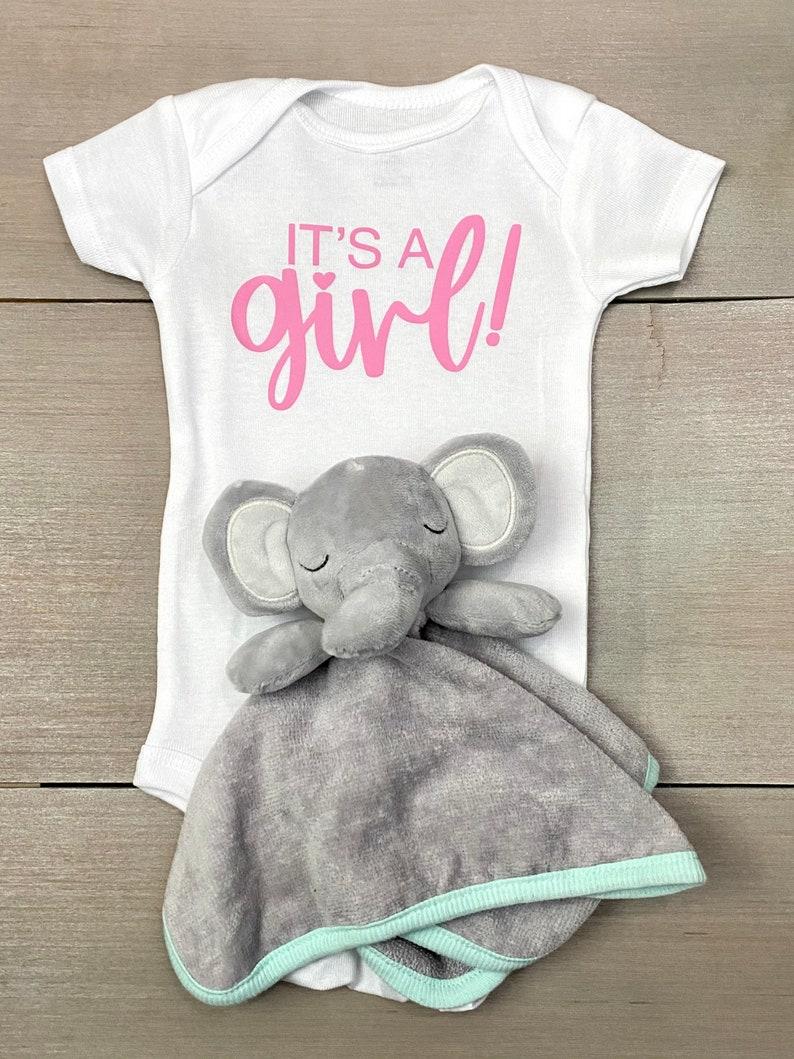 Baby Girl Onesie Pregnancy Announcement Baby Reveal Onesie Announcements It/'s a Girl Baby Onesie Gender Reveal Onesie Maternity Shoot