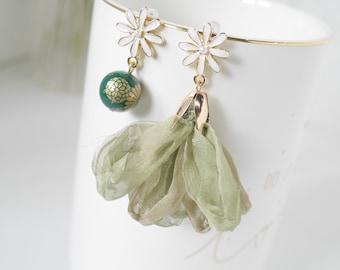 Blush Pink Dangle /& Drop Earrings Prom Earrings Summer Buttercup Long Tassels Earrings Tensha Bead Earrings