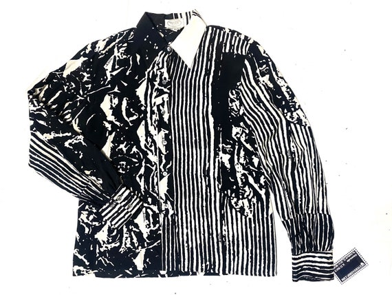 Tullo black/white abstract new waver silk blouse,