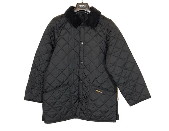 Quilted padded black jacket by Barbour