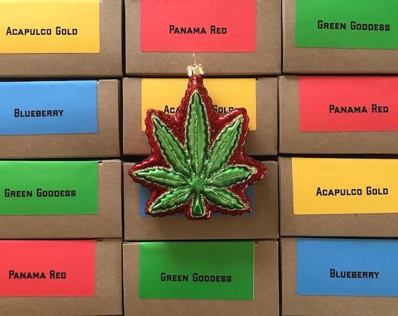 Pot Leaf ornament / marijuana ornament / Pot leaf Christmas ornament / Weed leaf / Mary Jane ornament / Hemp Leaf Christmas Ornament / Weed