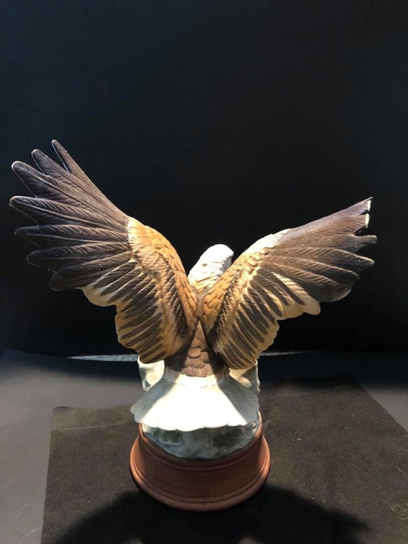 Vintage United China Bald Eagle Figurine Price reduced due to damage on wings.