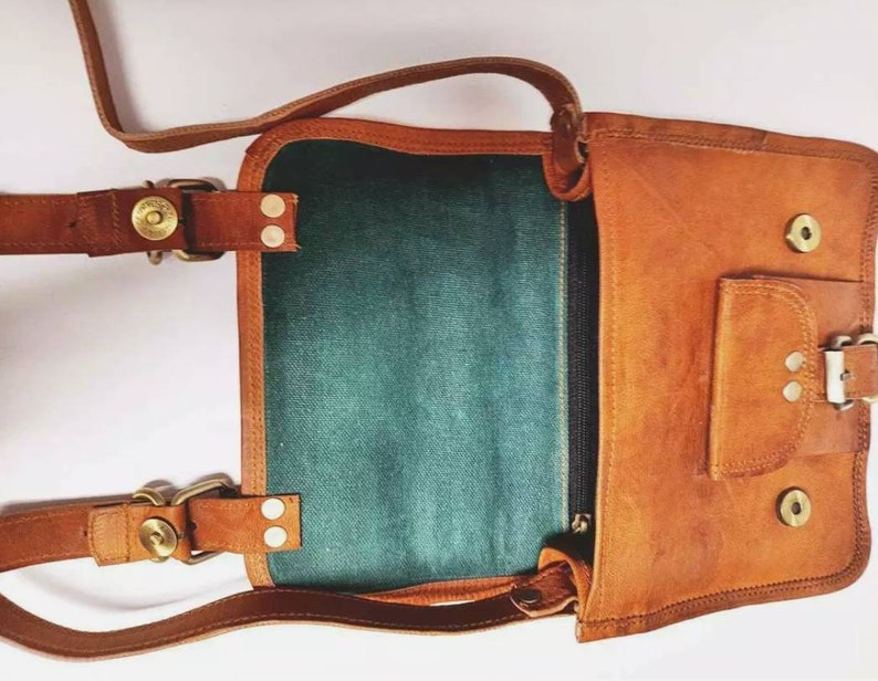 Small LEATHER SADDLE BAG Tan Brown Handmade Hippie Handbag Ethnic Leather Bag Boho Vintage Satchel Bronze Buckle Leather Bag