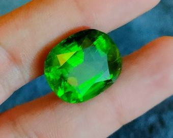 8*5*7mm Faceted Peridot Peridot Cut Stone 6.5 Carat Top Quality Natural Peridot Faceted Stone Having Good Color /& Luster From Pakistan