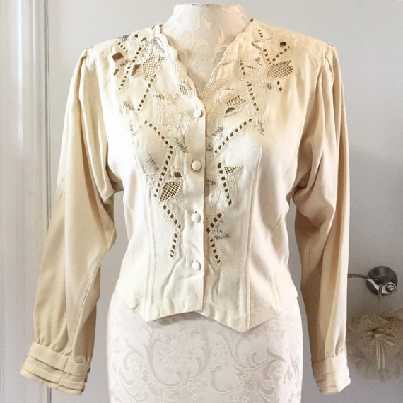Emmanuelle Khanh blouse // Vintage embroidered blo