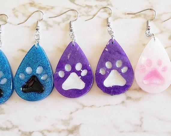 Pawprints in Teardrop - Earrings Made of Resin