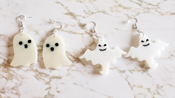 Pair of Ghosties - Ghost Earrings - Halloween - Earrings