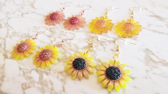Sunflower Earrings - Earrings Made of Resin