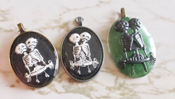 Cameo with Skeleton Twins - Necklace - Black and White with metal backing - Halloween