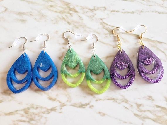Crescents In Teardrop - Glitter - Earrings Made of Resin