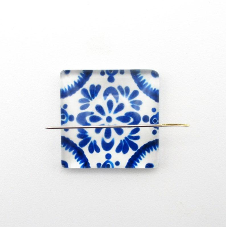 Blue Flower A Glass Needle Minder For Cross Stitch