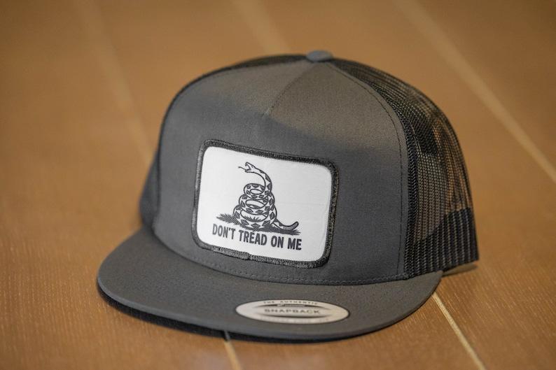 Don/'t Tread On Me Snapback Trucker Hat Dark Gray