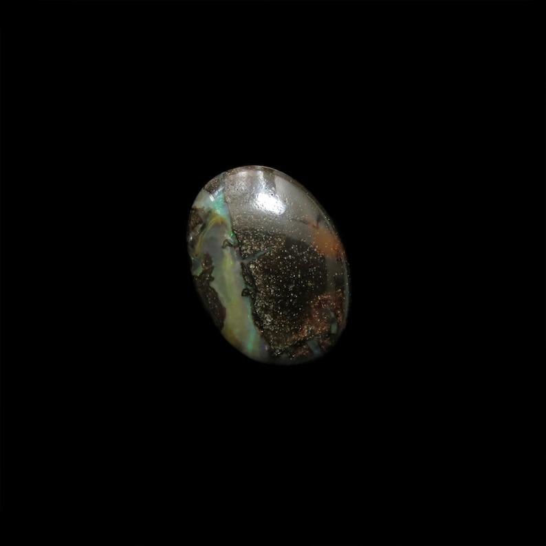 Boulder Opal 105 by Opal Outlet