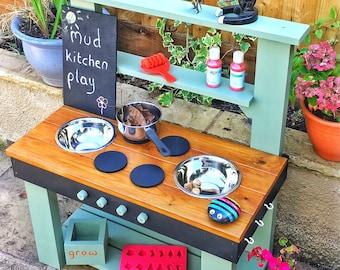 Mud Kitchen, Colour & Personalisation Options.