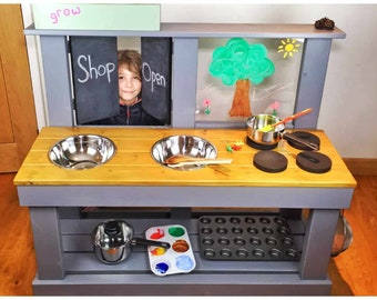 Mud Kitchen (large), Art Easel, Shop Doors for Role Play, Cooker Knobs & Free Planter
