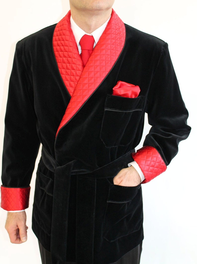 Mens Quilted Black Velvet Smoking Jackets Evening Party Wear Dinner Jackets Quilted Velvet Blazers Smoking Jackets Robe