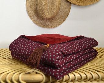 Reversible cover in velvet and cotton gauze