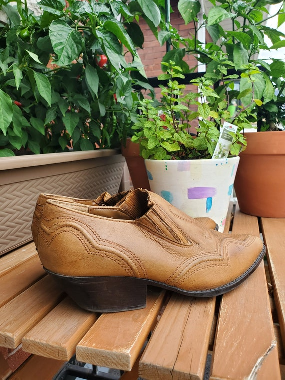 Vintage 90's leather ankle boots - image 2