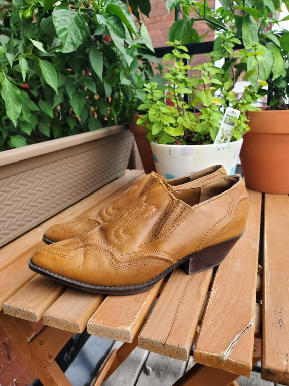 Vintage 90's leather ankle boots - image 3