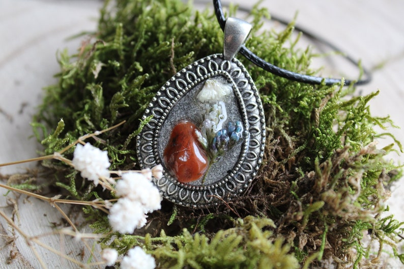 necklace with carnelian and flowers