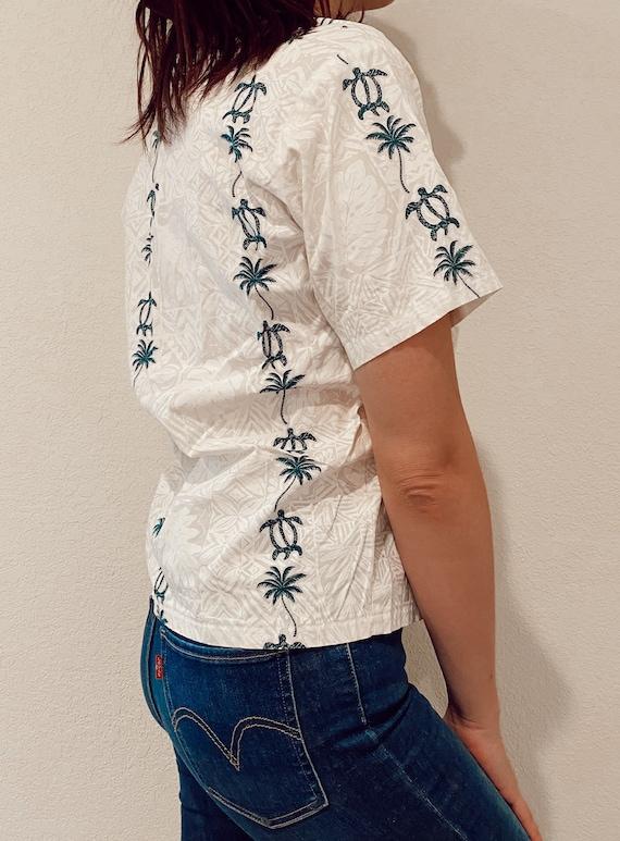 Hawaiian Cropped Shirt, Kids Turtle and White size