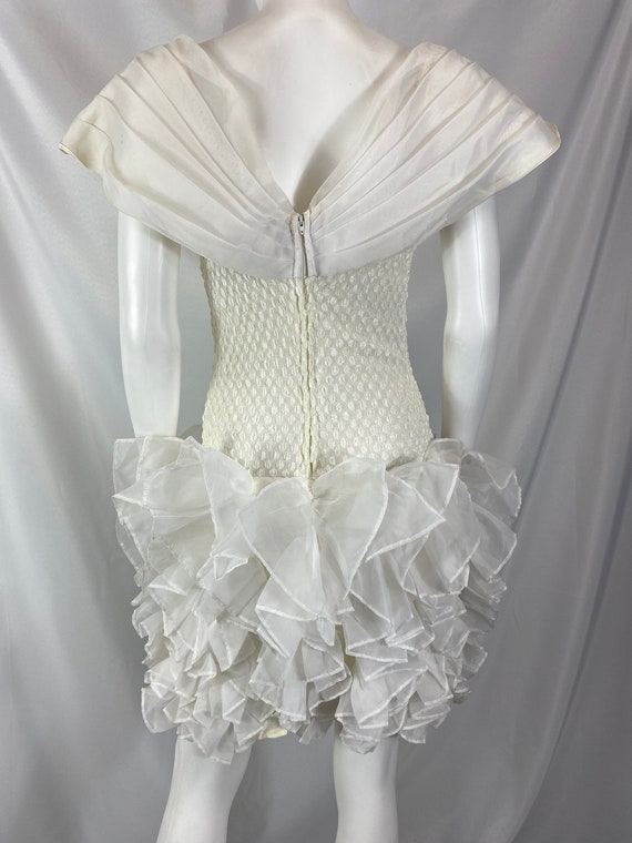 Vintage 80's Cream And White Special Occasion Dre… - image 9