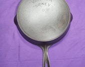VHTF Early quot Wagner quot Arc quot Sidney quot Arc 8 Cast Iron Skillet with Heat Ring Sits Flat Smooth Clean 1800s