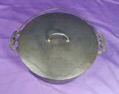 Early quot ERIE quot Cast Iron Dutch Oven with Flat Top Lid Pre Griswold 8