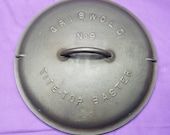 Griswold 9 Cast Iron Tite-Top Baster Dutch Oven Lid Fully Marked Raised Letter Self Basting Cover Slant Logo 2552 Clean Smooth
