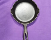 Nice Griswold 3 Cast Iron Skillet with Smooth Bottom Erie Pa 2 Under Handle Clean Smooth Sits Flat 709M