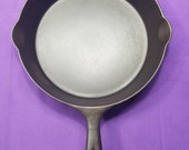 Early quot WAGNER quot 8 Cast Iron Skillet with Heat Ring Smooth Clean 1800s Ready To Use Or Display