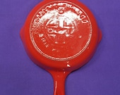 Red Cream 0 Griswold Cast Iron Skillet with Heat Ring Sits Flat Smooth Ready to Use Or Display