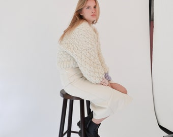 PEONY CARDIGAN 100% Wool Handmade Cropped Handknit with Customisable Colours
