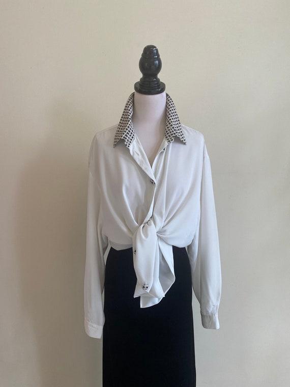 VINTAGE Minimalist White Silky Long Sleeve Shirt H