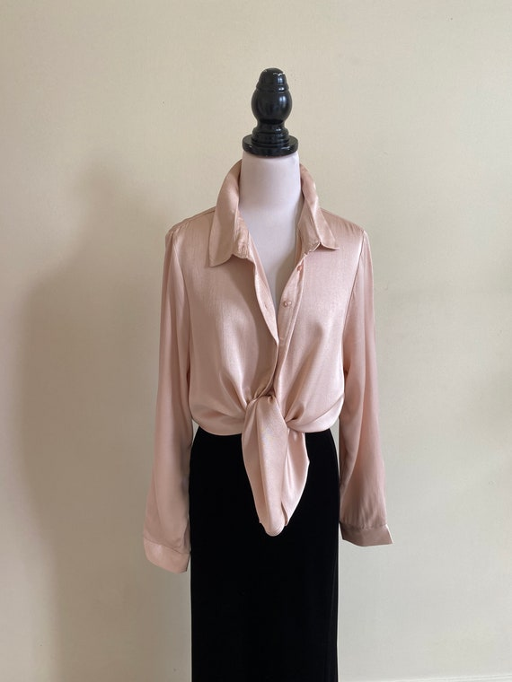 VINTAGE Crushed Satin Blush Pink Long Sleeve Butto