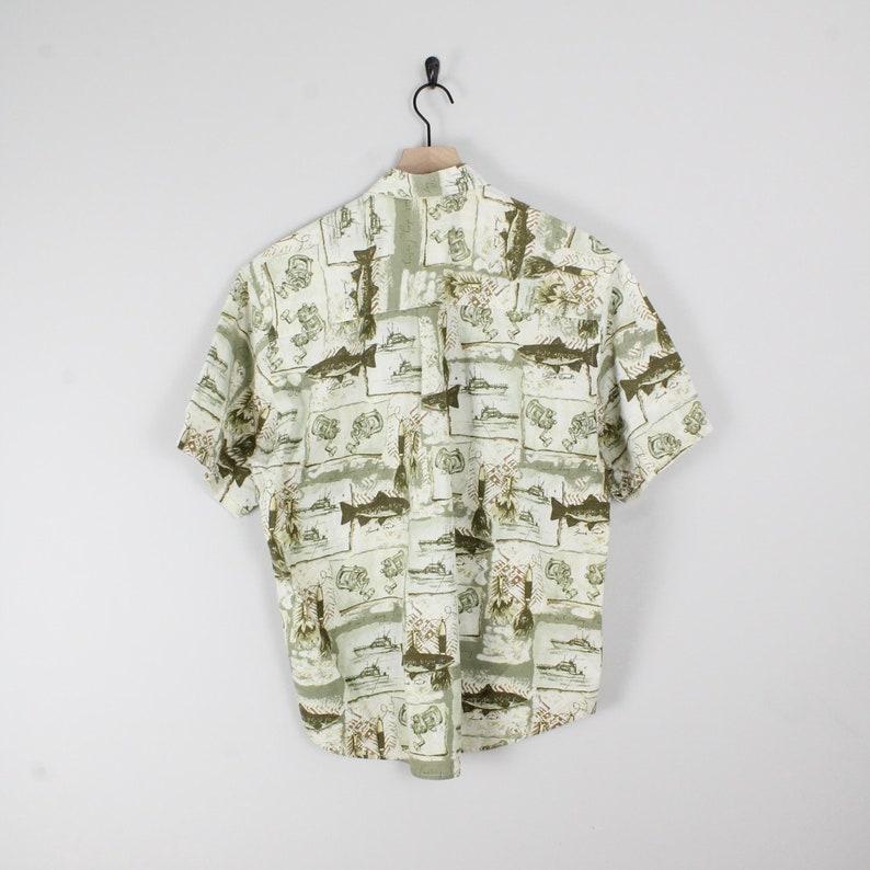Fishing 90s Dad Shirt Size Medium
