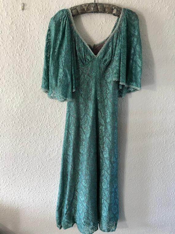 VINTAGE QUAD DRESS | Vintage Quad Angel Wing Lace