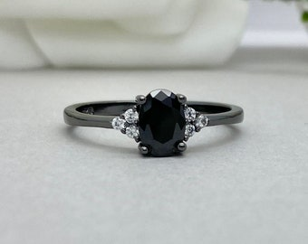 Black Onyx Ring Sterling Silver Flower Pattern Band Boho Ring Oval Black Onyx Statement Ring Promise Ring Engagement Ring Wedding Ring