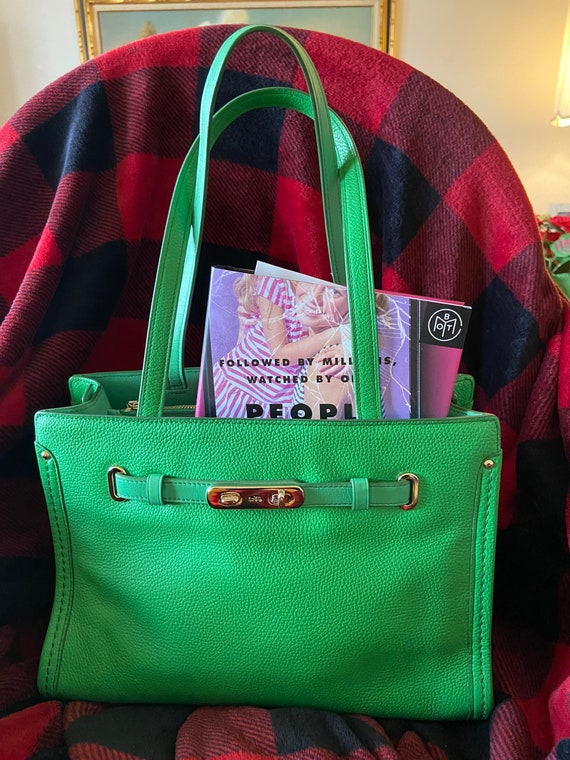 Coach Vintage EUC Green Swagger Tote