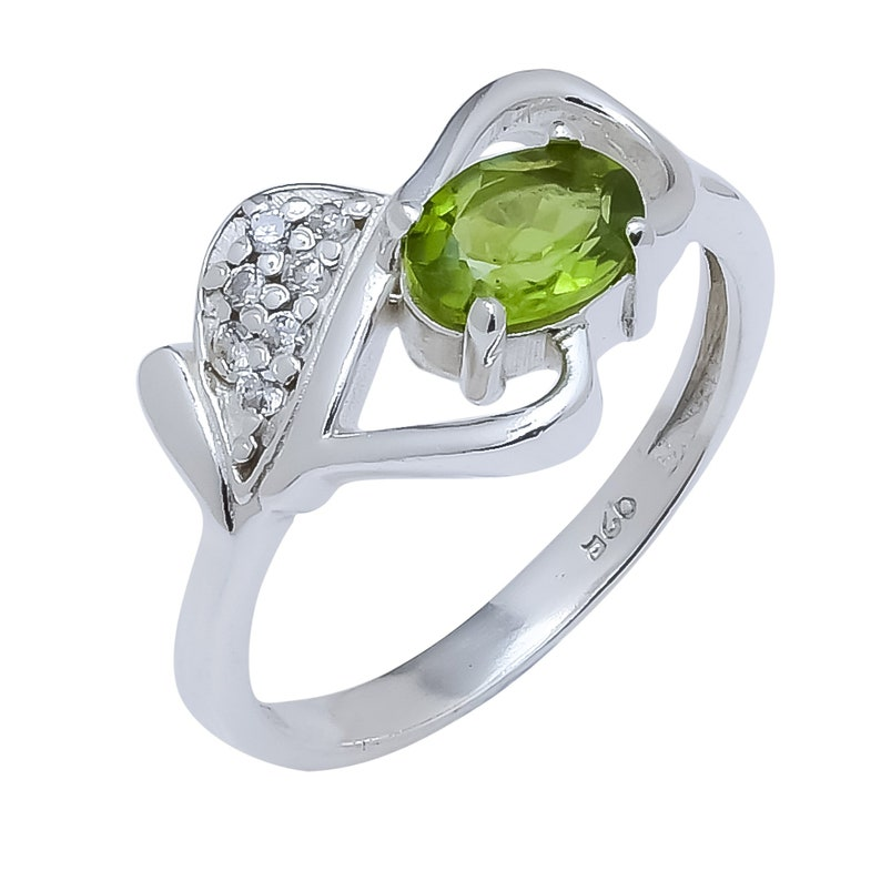 Free Shipping Peridot Natural stone Rings 9251000 sterling silver handmade jewelry Ring