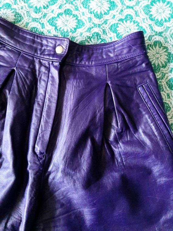 RESERVED Vintage Leather Shorts, Purple Ladies Sh… - image 2