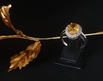 Cubic Zirconia Citrine Colour CZ Engagement Ring,925 Sterling Silver Wedding Ring/CZ Jewellery/Oval Halo Dainty Ring/Birthday Gifts for Her