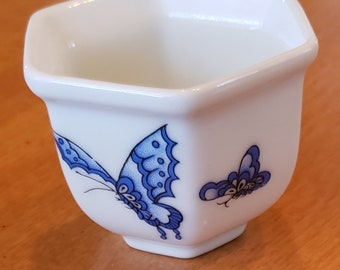 Asian Porcelain White Sake Bowl Cup with Blue Butterflies