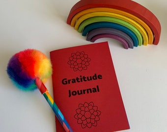 Find the Good Everyday Rainbow GRATITUDE JOURNAL - gratitude prompts - daily journal - great for beginners