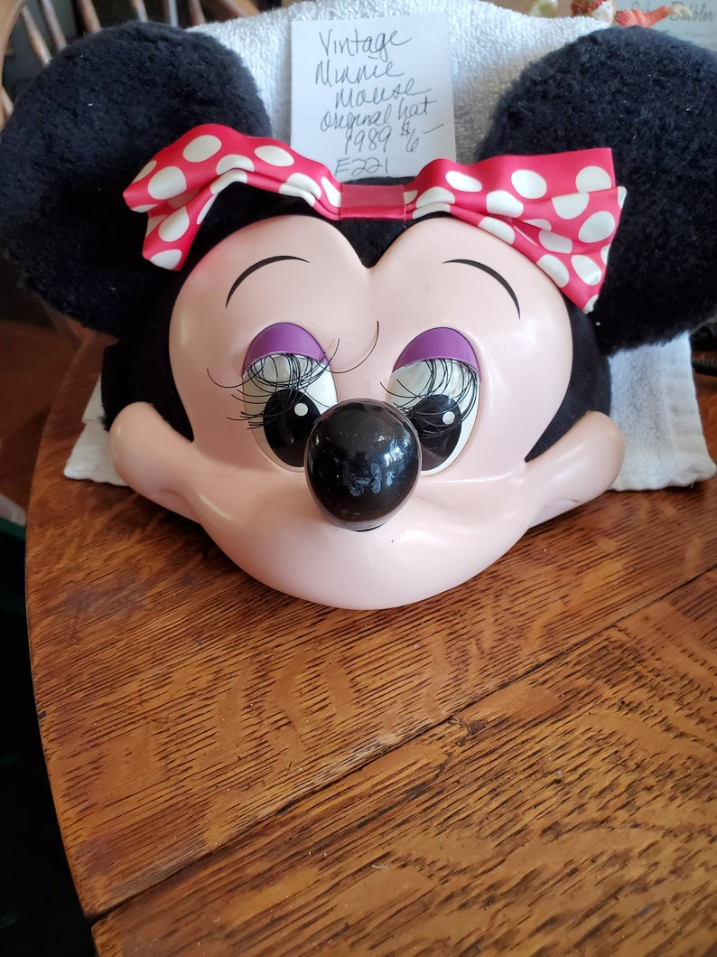 Vintage 1989 Minnie Mouse Hat from Disneyland Florida