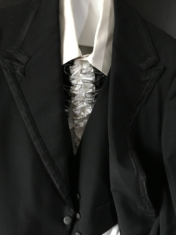 Spectacular vintage men's three-piece tuxedo with