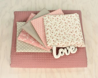 """Fabric package crawl blanket """"Jane"""" with 5 Westphalian fabrics and waffle lpiqué patchwork baby blanket"""