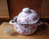 Vintage roses enamel cooking pot , Enamel stove pot with lid, Floral design, Enamel saucepan, Small metal pot, Enamelware, Shabby chic decor