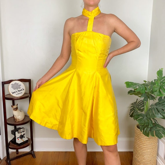 Vintage Late 70s Early 80s Bright Yellow Halter F… - image 4