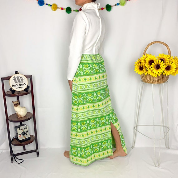 Vintage 60s/70s Bright Green & Yellow Vicky Vaugh… - image 4